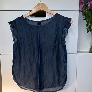 Denim shirt from GAP! Size XS.